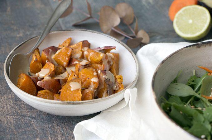 Boniatos al horno con tahín. Cómo comer rápido y saludable.