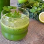 Zumo verde con kale