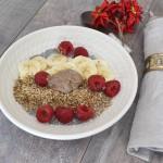 Desayuno de chía con granola cruda
