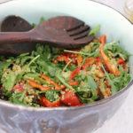 Tabulé de quinoa con hierbabuena, rúcula y pistachos